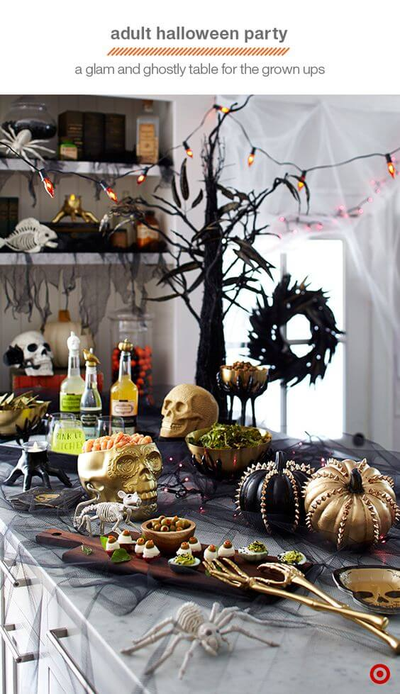 Spooky Halloween Table Decoration Ideas 27