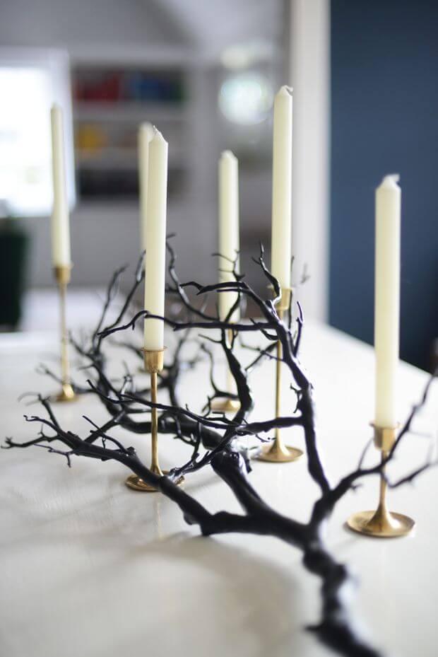 Spooky Halloween Table Decoration Ideas 9