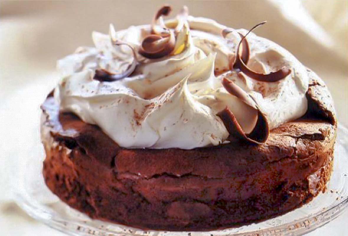 flourless-chocolate-cloud-cake-fp