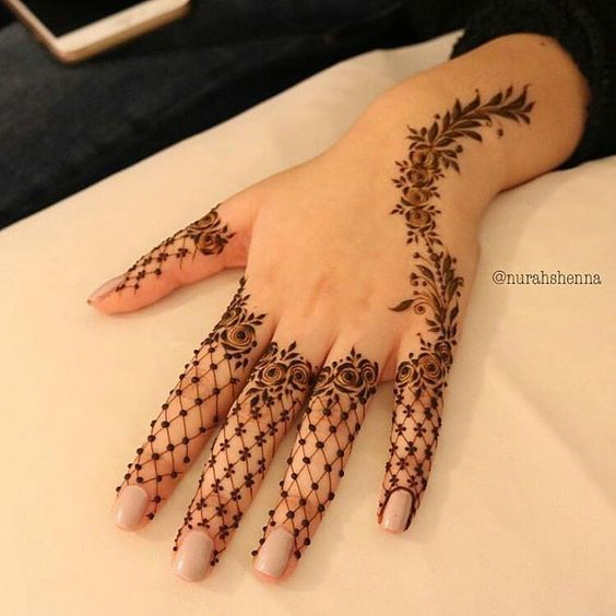 42-New-Arabic-Mehndi-Designs-for-Every-Occasion-40