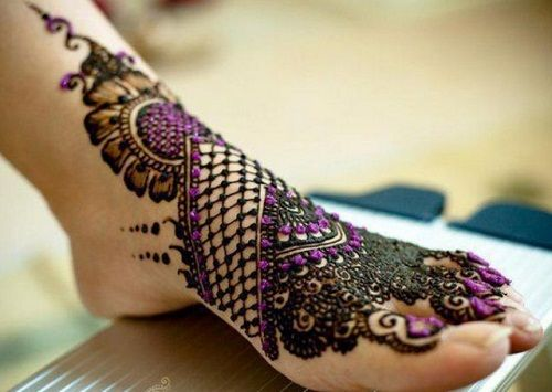 Elegant-Foot-Arabic-Mehndi-Designs